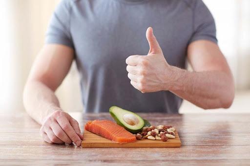 Cách Tăng Cân Cho Nam Sử Dụng Các Dụng Cụ ăn Uống Lớn
