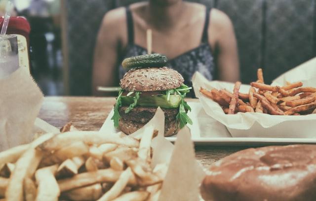 Cách tăng cân nhanh cho tuổi dậy thì -Bổ sung đầy đủ chất dinh dưỡng